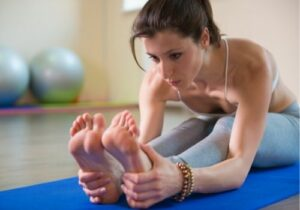 reach your fitness goals with flexbility and body weight training